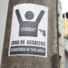 cartaz-zona-assaltos