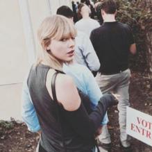 taylor-swift-votando-2016