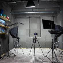 301-youtuber-residente-estudio-bluebus