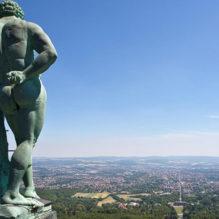 estatua-hercules-kassel-alemanha-bluebus